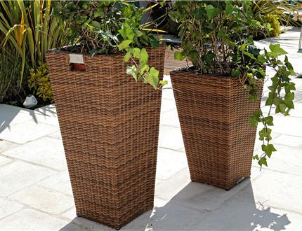 Salon canape fauteuil pot mobilier meubles de jardin en resine tres - Cache pot resine tressee ...